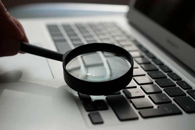 SEO Keywords Mac magnifying glass